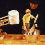 La Pastissera i els follets (L'Estaquirot Teatre) - Foto 5 baixa