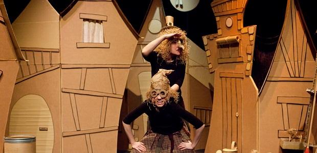 El carreró de les bruixes (Pocacosa Teatre)