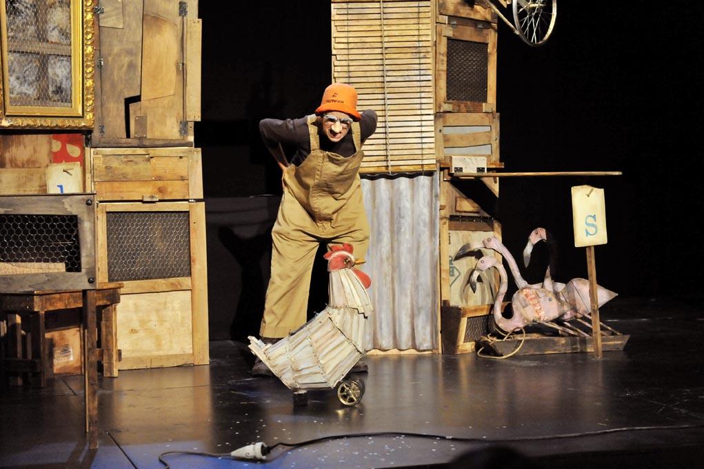 La gallina dels ous d'or (Zum-Zum Teatre)