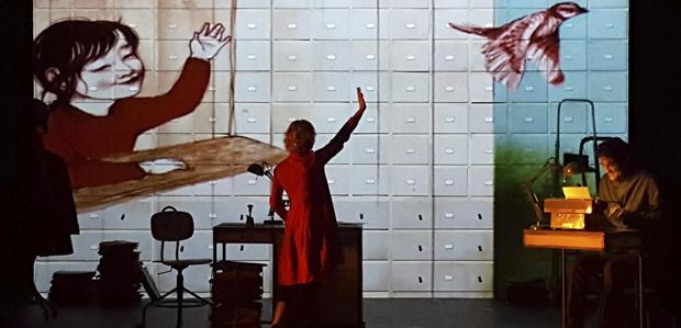 La nena dels pardals (Teatre al detall)