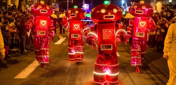 Dancing Robots - White Summer Festival